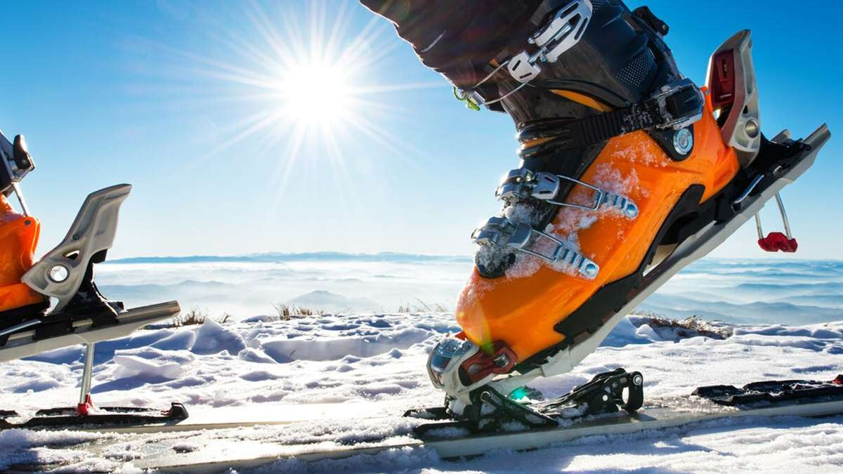 The perfect fit a guide to ski and snowboard sizing club med ski bindings geenschuldenfo Gallery