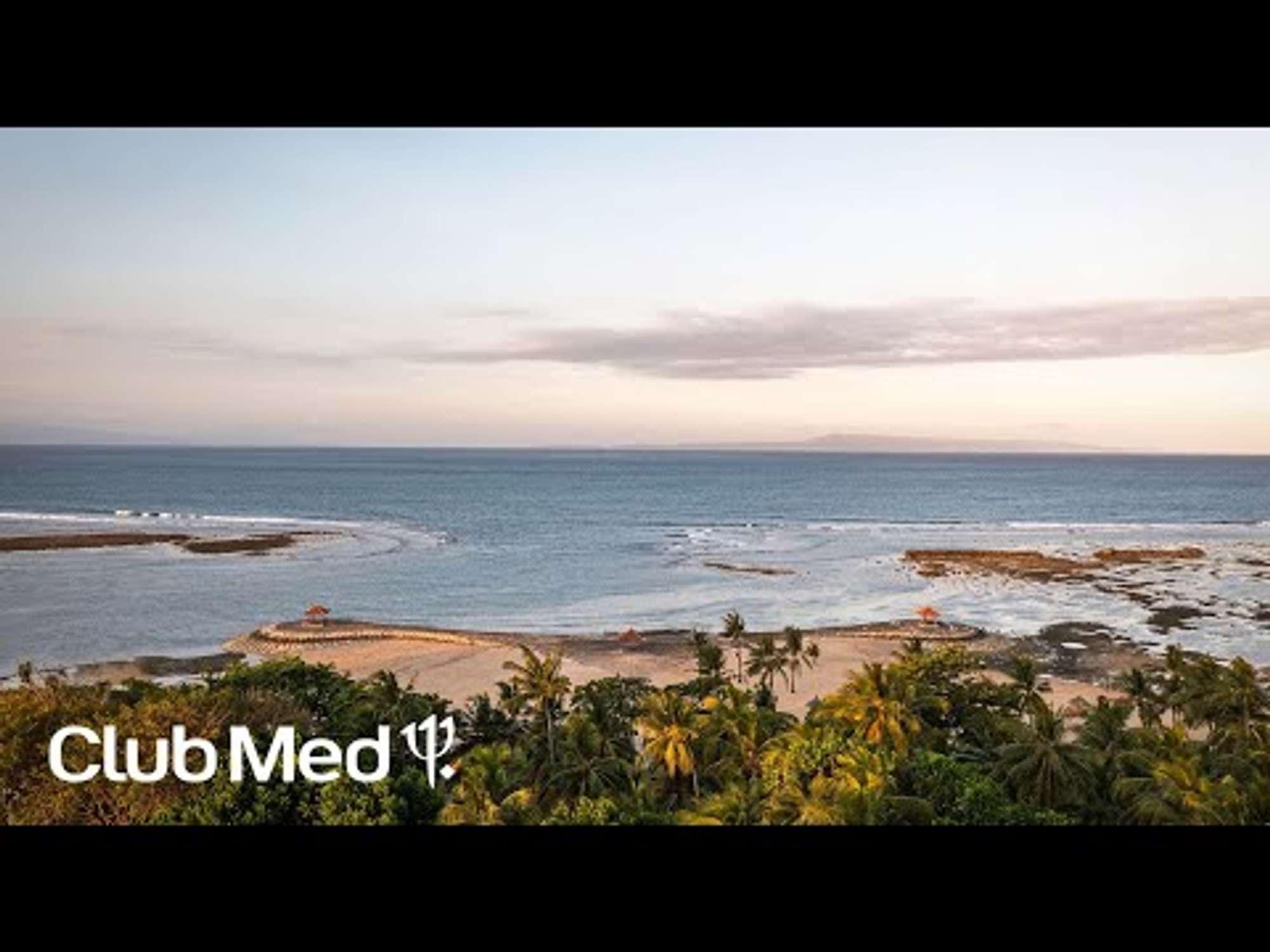 Open Bali וידיאו slideshow gallery at 1