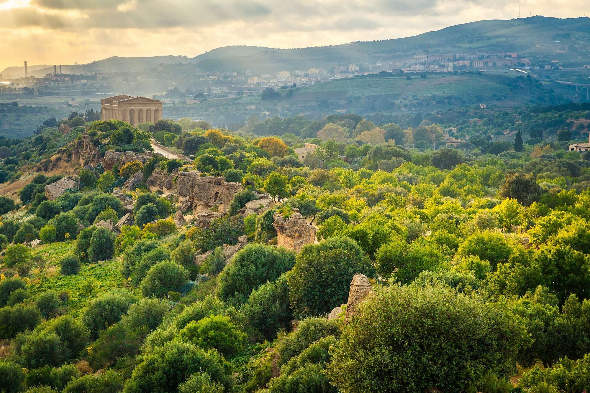 Lungo le coste siciliane
