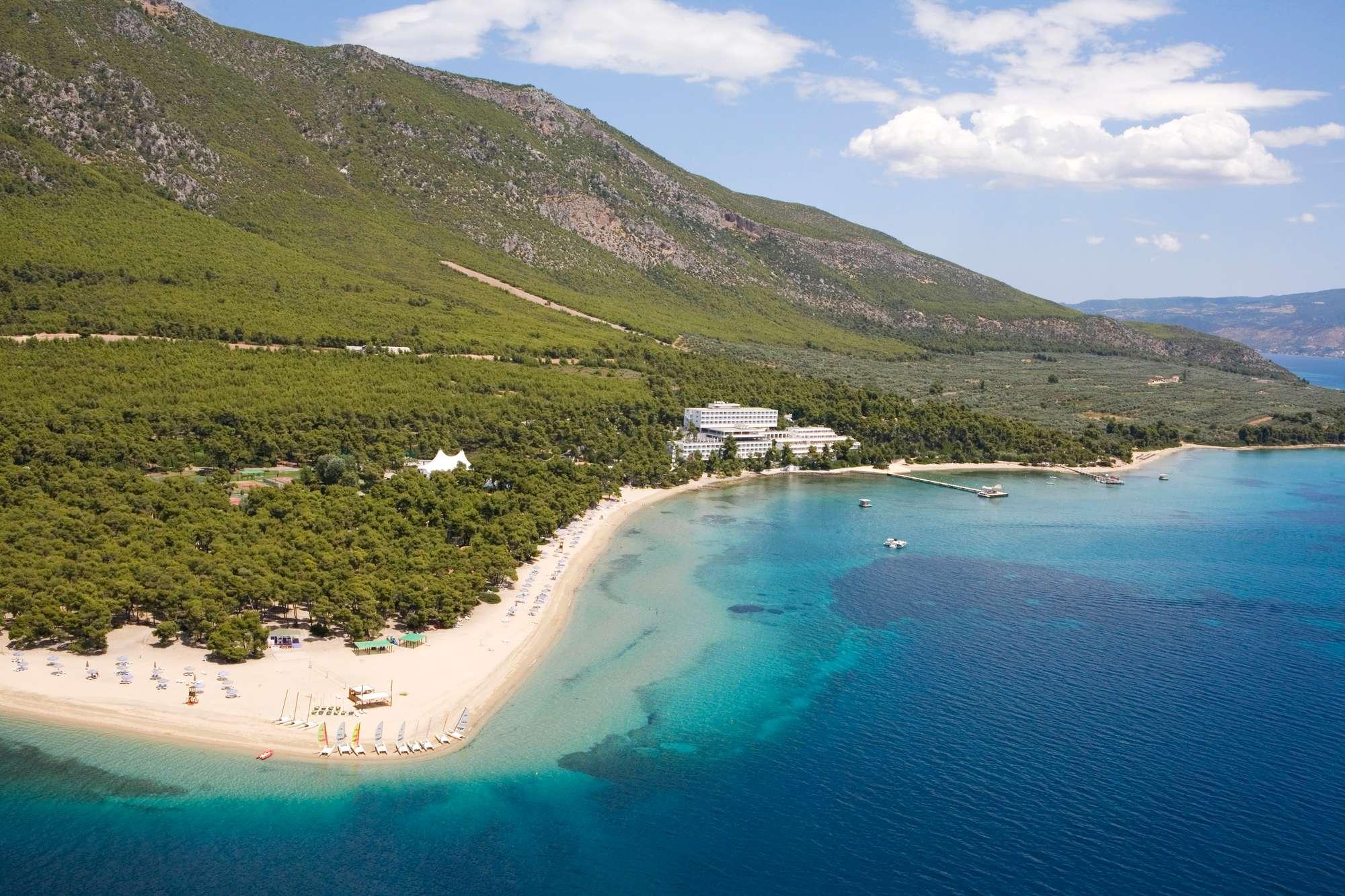 Отдых в Греции: путешествие по волнам времени