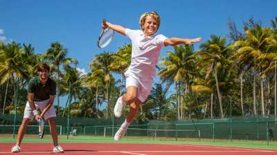 Land sports – Tennis holiday packages
